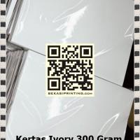 Kertas Ivory 350 Gram Ukuran F4 (215 x 330 mm)