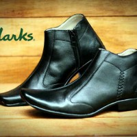 Sepatu Pria Formal Clarks Pantofel Resleting - FREE 1PASANG KAOS KAKI