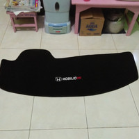 Cover Dashboard Mobilio RS 2016