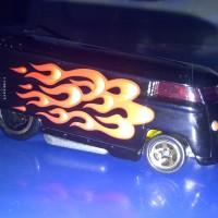 harga Hot Wheels Volkswagen Drag Bus - Black Flame loose Tokopedia.com