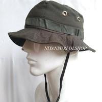 Topi Rimba hijau polos