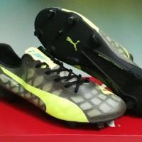 sepatu sepak bola puma evospeed II hitam grade ori import