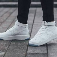 Nike Flyknit Air Force One White