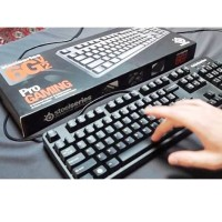 Steelseries 6GV2 Red Switch - Gaming Keyboard
