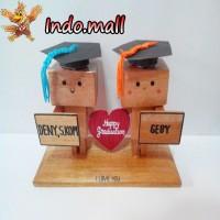 Jual Boneka Kayu Danbo Kado Wisuda Couple Romantis Valentine Unik Lucu Murah