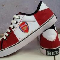 harga sepatu sneaker arsenal merah maroon putih puma nike adidas kets casual Tokopedia.com