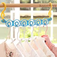 Gantungan Baju Dengan 6 Lobang Inovatif HHM150
