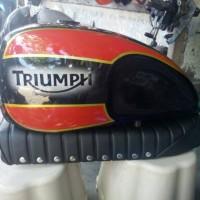 tangki dan jog triumph