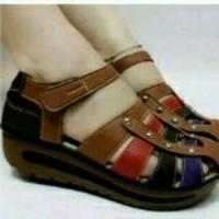 sepatu wanita sandal perempuan Coklat Kickers (KW) berkualitas baik 2b87c6ab32