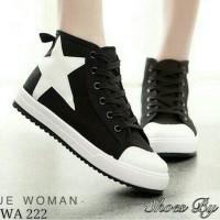 Sepatu Sendal Wanita Kets Nike puma adidas kw