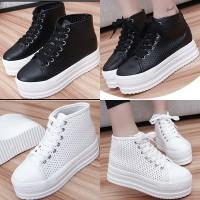 sepatu sneakers platform korea putih hitam import (DOTS)