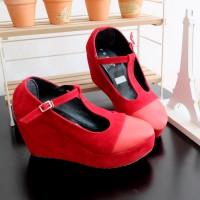 Sepatu Wedges Boot Wanita Bludru Suede Red Hitam Hak Tinggi Cewe Mur