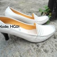 Sepatu Hak Tinggi HighHeels Wanita Kulit Kerja Kantor Pantofel Putih
