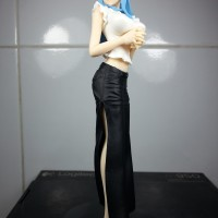 Action Figure One Piece Nefertari Vivi Jeans Freak Vol 9 ORI