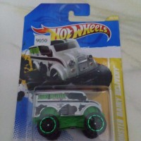 harga Hot Wheels Hotwheels Monster Dairy Delivery White Tokopedia.com