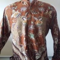 Baju Batik Pria Motif Meander Cokelat Ukuran L