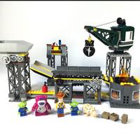 LEGO 7596 Toy story 3: Trash Compactor Escape