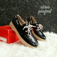 docmart glosy sepatu  black merah