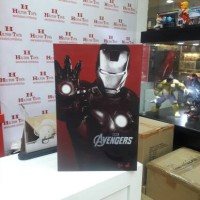 Hot Toys The Avengers Iron Man Mark 7