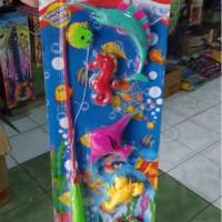 Mainan edukasi fishing game pancing ikan kuda laut kepiting