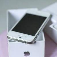 IPHONE 4/32GB ex Garansi Resmi (beli di ibox)