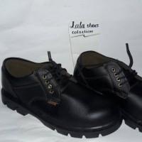 sepatu safety boot kulit king - pendek tali