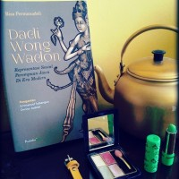 Dadi Wong Wadon - Representasi Sosial Perempuan Jawa Di Era Modern