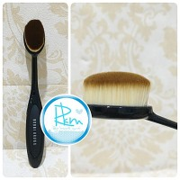 Jual OVAL MAKE UP BRUSH / KUAS OVAL FOUNDATION Murah