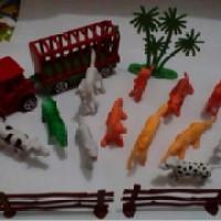 Mainan Anak Zoo Animal / Hewan Karet / Truk / Binatang Ragunan Set