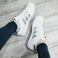 Harga sepatu kets wanita | antitipu.com