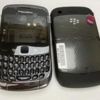 Casing Blackberry Curve 9300 Black/white Fullset
