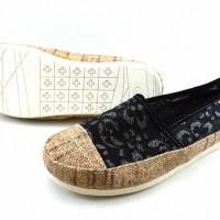 Sepatu Casual WAKAI (WIKAI) 05