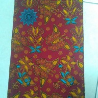 Seragam Aisyiyah motif kupu merah