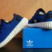 Harga sepatu adidas yzy keren lucu buat | Pembandingharga.com