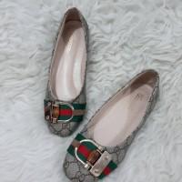 Gucci sepatu flat import