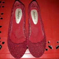 2 pasang sepatu wanita merk buccheri uk.36 dan bata uk.36