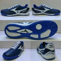 Sepatu Futsal Mizuno (Biru list putih) kw super