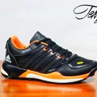 harga Sepatu Adidas Terrex Boost Black Orange Casual Pria Sporty Tokopedia.com