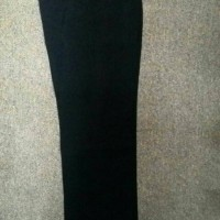celana HIQ (alisan ) hitam .