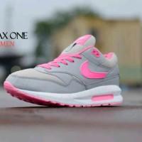 Sepatu olahraga main gaya terbaru wanita nike airmax one