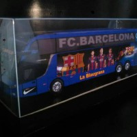 harga miniatur bus barcelona Tokopedia.com