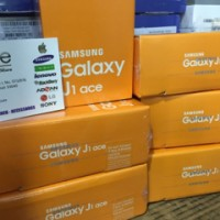 Samsung Galaxy J1 Ace Plus (8GB) J111 NEW - Garansi Resmi