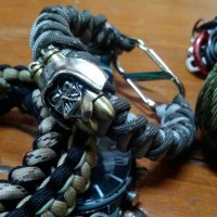 harga Blackmamba's Darth Vader's Bullets S-shape Carabiner Survival Bracelet Tokopedia.com