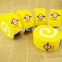 Squishy Jumbo Minions Cake Roll 10 cm Despicable Me Bolu Gulung