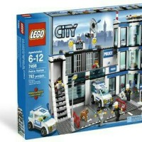 Lego City 7498 - Police Station