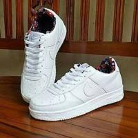 Sepatu Nike Air Force One Putih Dalam Motif Bunga Vietnam Cewek 36-40