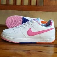 Sepatu Nike Air Force One Putih Pink Dalam Motif Vietnam Cewek 36-40