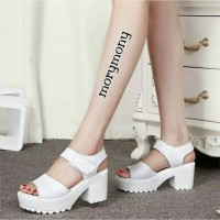 Sepatu High Heel Heels Boot Boots Morymony Docmart Putih