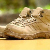 sepatu pria boot casual hiking biker adidas tactical ground tracking
