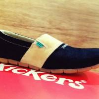 sepatu kickers slip on rajut hitam #pantofel#casual#adidas#nike#kets